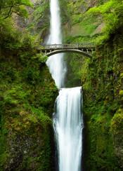 waterfalls oregon pacific northwest bridge bridges green waterfall photography