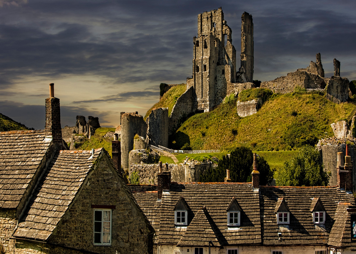 The Rooftops Of Corfe 52875