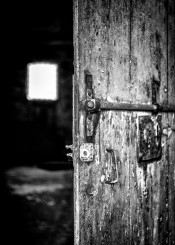 urbex urban exploration black white door