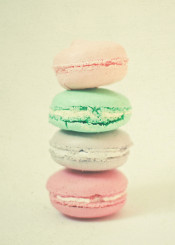 food macarons macaroons pastel cake candy mint lilac peach pink pretty vintage simple minimal photo