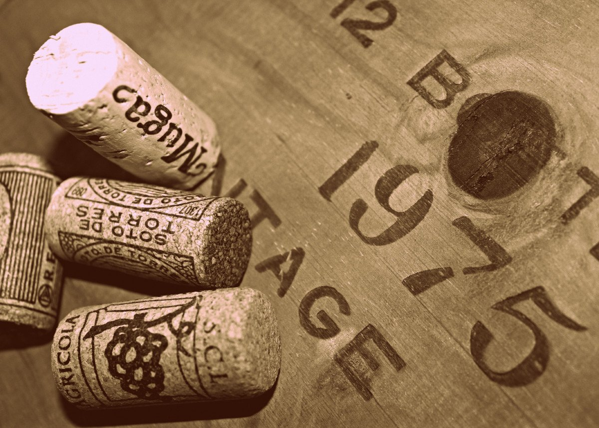 Unboxed Uncorked and Drunk A vintage wine box that has been found in