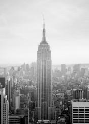 empirestatebuilding nyc newyork blackandwhite bw manhattan skyline skyscraper clouds urban usa america midtown fog