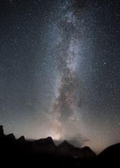 milkyway galaxy space stars canada moraine lake alberta banff astrophotography epic view scenic landscape sky amazing