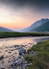 sunset sunrise jasper alberta epic scenic mountains rockies river canada awesome soft calm lush