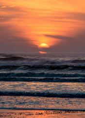 horizon sun waves view sunrise clouds