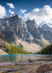 moraine lake canada alberta banff louise west nature scenic landscape sunny summer vivid beautiful amazing views sights