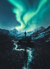 nature mountain aurora northern light ice north pole car man sky stars night snow photography photo manipulation