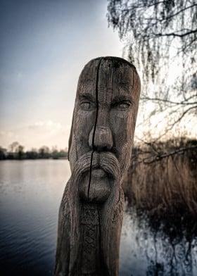 Gifhor Wood Faces IV