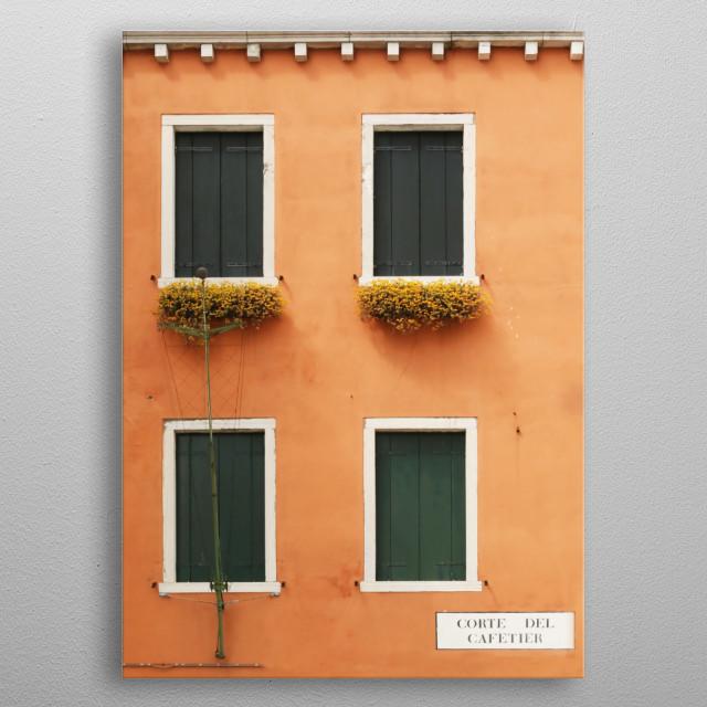 Four Green Windows on Orange in Venice - Corte del Cafetier, Venezia metal poster