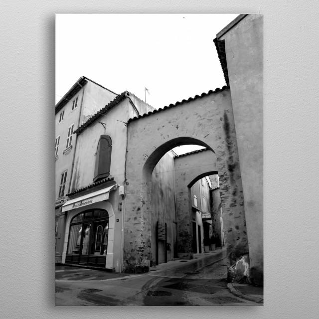 A timeless and familiar sight in Saint-Tropez taken by photographer Tom Vandenhende. A lasting nostalgic souvenir. metal poster