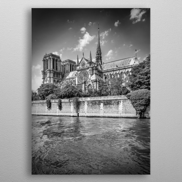 Notre-Dame is a medieval Catholic cathedral on the Île de la Cité in Paris and was built from 1163 to 1345. Lovely monochrome cityscape. metal poster