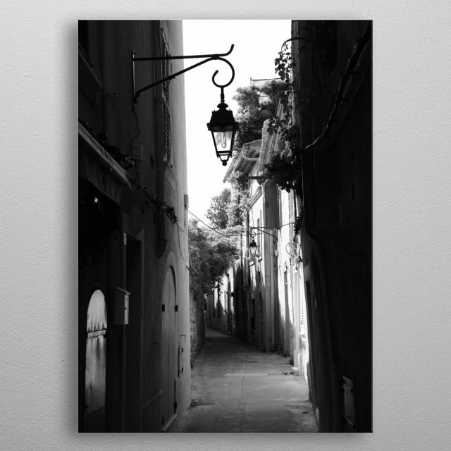 Rue de Chrrons in Saint-Tropez France by photographer Tom Vandenhende, Riviera Art. metal poster