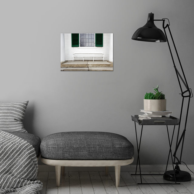 Colonial Style White Bench with Emerald Green wall art is showcased in interior